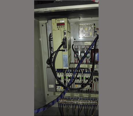 安川伺服驱动器SGDA-20ADA维修